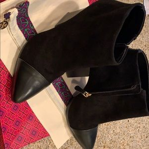 Tory Burch Black suede Booties RIVINGTON size 10